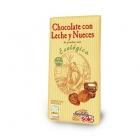 Био млечен шоколад с орехи